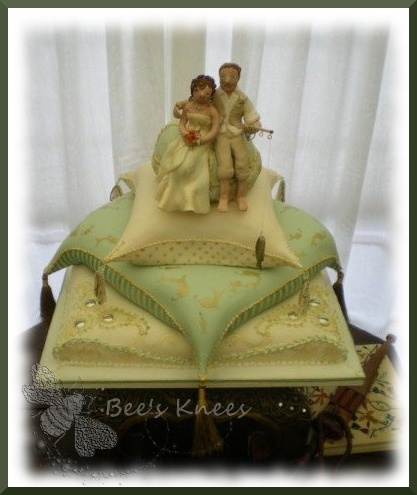 indian pillow wedding cake 161 best images about pillow themed cakes on 16405