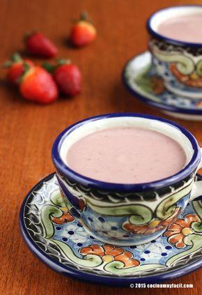 Receta de atole de fresa con fécula de maíz para el día de la Candelaria. Con consejos y sugerencias de degustación. Recetas de atoles mexicanos