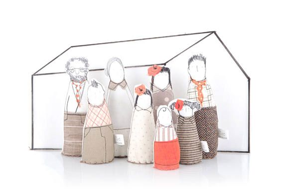 Playset dolls , Dollhouse Family , Dolls family ,  12th scale Miniature , dollhouse dolls , dollhouse figures , Dollhouse People , kids game