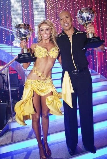 Season 12 - Hines Ward, Kym Johnson Wins Dancing With the Stars!