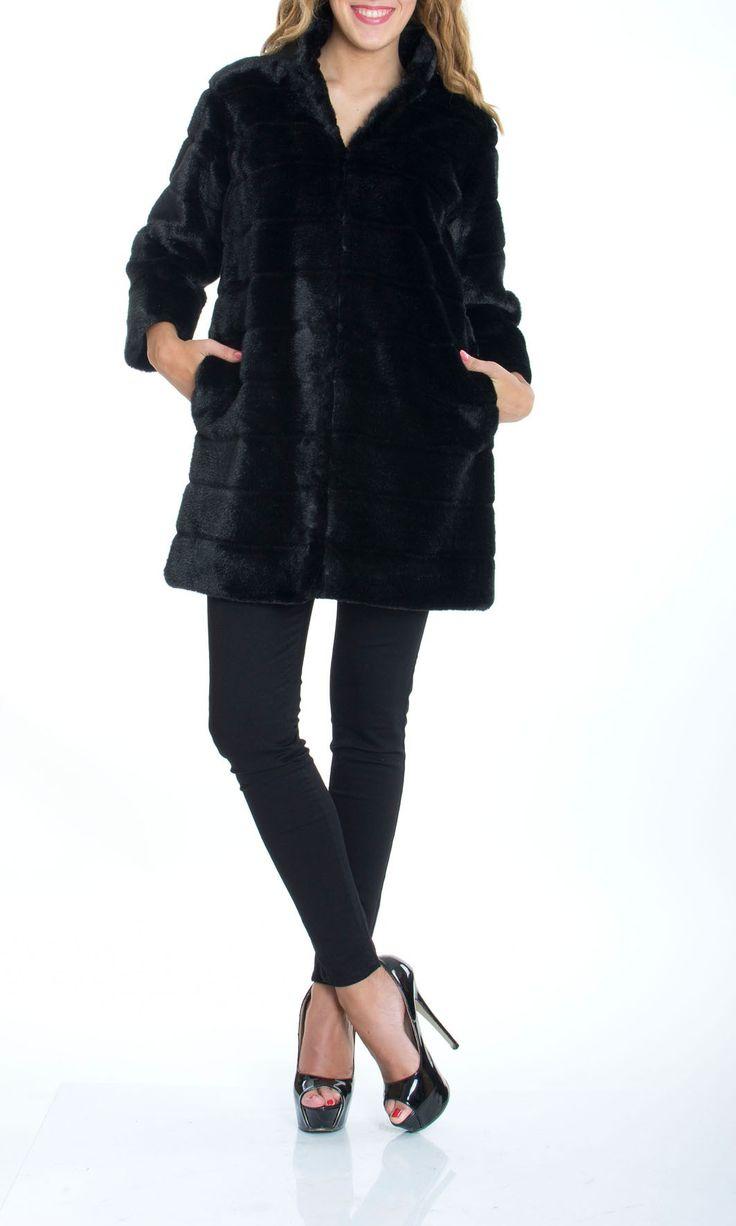 Trussardi Jeans | Pelliccia Trussardi Jeans Donna Ecologica Col. Nero - Shop Online su Dursoboutique.com 56S04