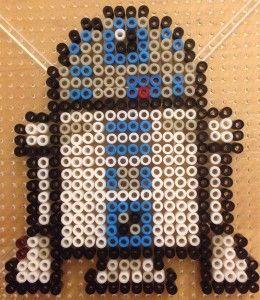 Star Wars Bügelperlen Motiv: R2D2 Auch eine tolle Idee für einen #starwars Kindergeburtstag!