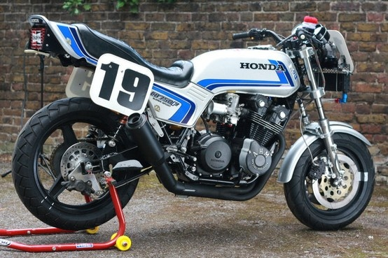 1982 Honda CB750F ridden by Freddie Spencer, Mike Baldwin, and Roberto Pietri to a sweep of the 100-mile Superbike podium at Daytona that year. Powered by a 1023cc DOHC air-cooled, four-valve inline four-cylinder making 138 horsepower @ 10,500 rpm. Maximum speed of 155 mph.