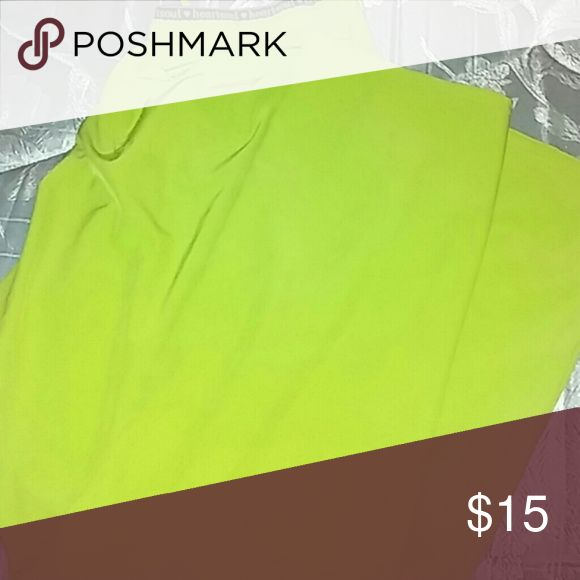 Lime green scrub pants Bright green scrub rub pants. Very light anf breathable material. Ties at the top to make sure they stay in place. Several pockets. Pants