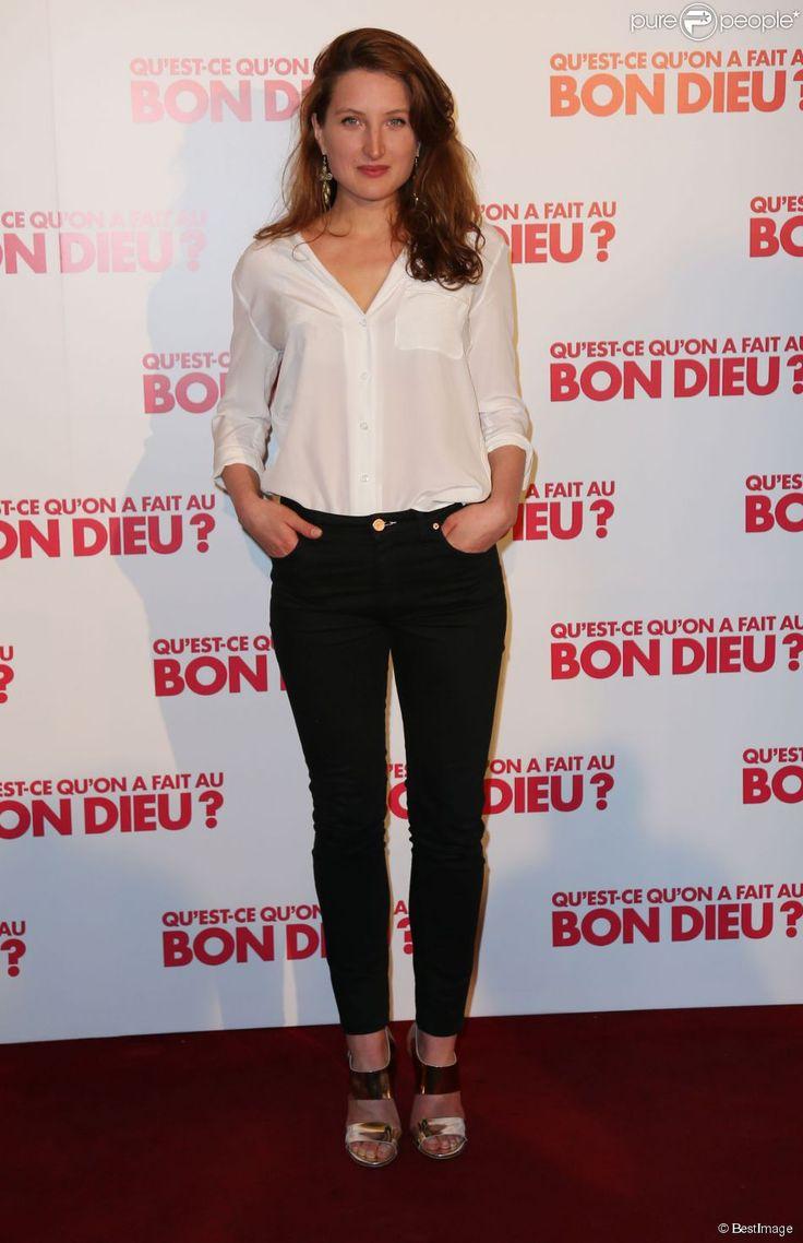 """Julia Piaton - Avant-première du film """"Qu'est-ce qu'on a fait au Bon Dieu?"""" au Grand Rex à Paris, le 10 avril 2014"""