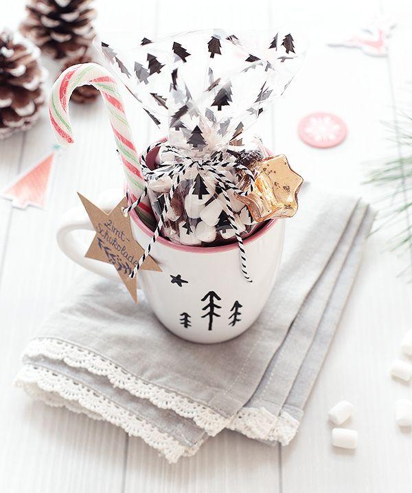 Peppermint cocoa gift mug