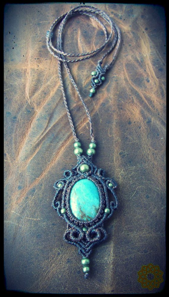 Etsy の Macrame necklace with Green jasper by EarthBoundMacrame