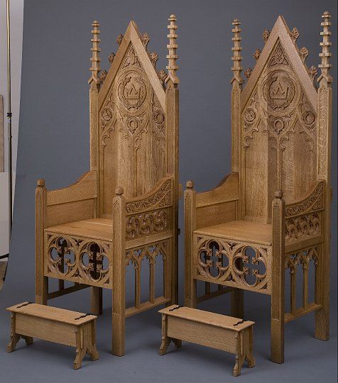 Best 25 medieval furniture ideas on pinterest medieval for Medieval living room furniture