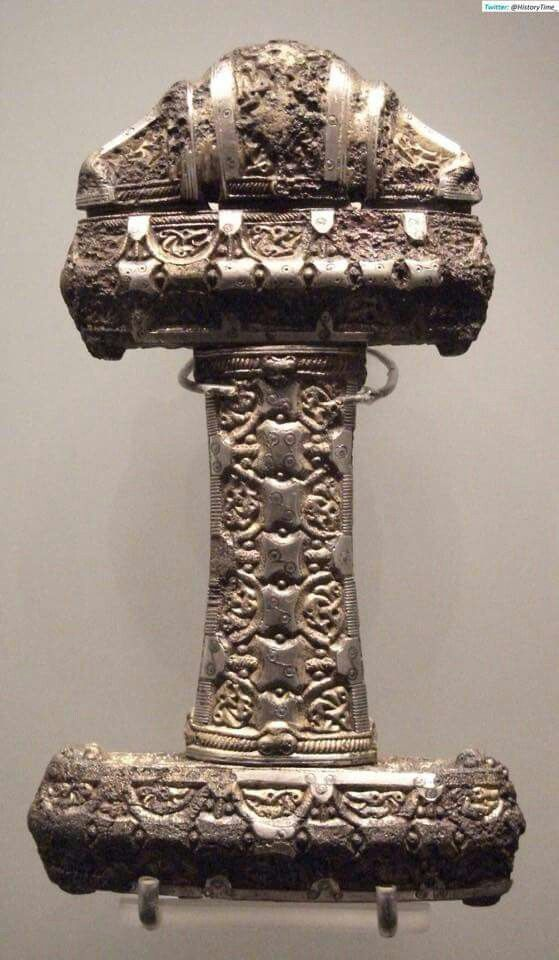 Viking sword hilt, Scotland 9 th.
