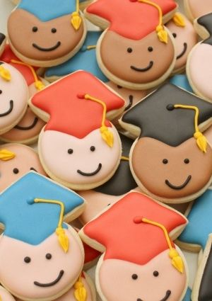 Graduation Party Ideas -- Mini Graduate Cookies from Sweetsugarbelle.com