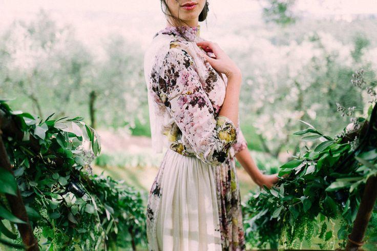 Floral Print Wedding Dress   Tuscan Treehouse Bridal Shoot