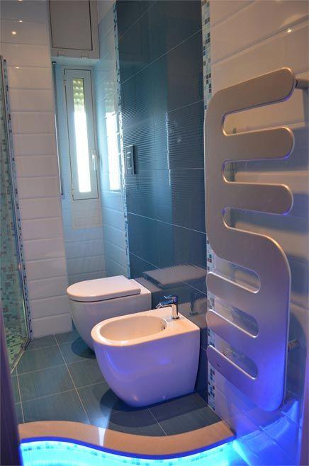 17 beste idee n over blauwe badkamer inrichting op pinterest tiffany blauwe muren - Keramische inrichting badkamer ...