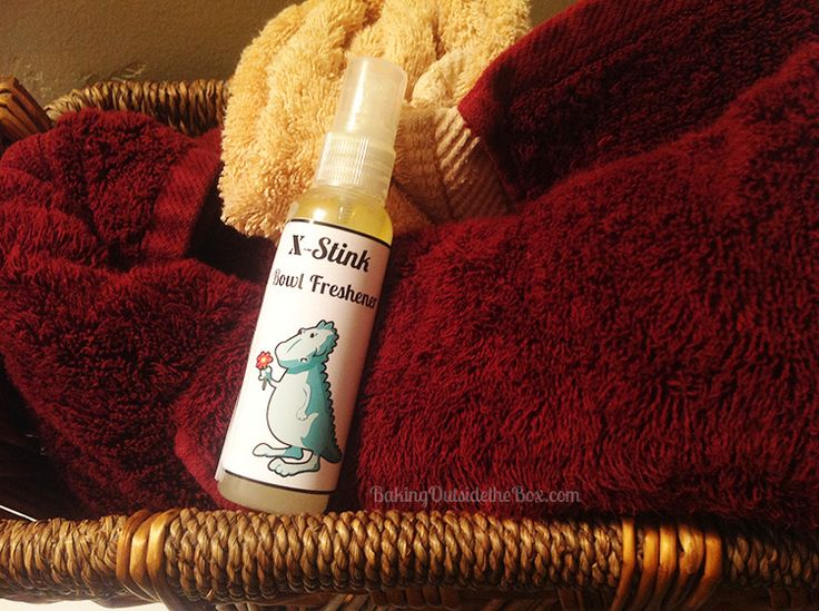 Easy recipe for a 'before you go' toilet bowl freshener. Only 3 ingredients.
