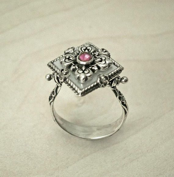 Vintage sterling silver ring,Antique ring,Handmade ring,Boho jewelry,boho ring, mother of pearl ring,pink Tourmaline silver ring,silver ring
