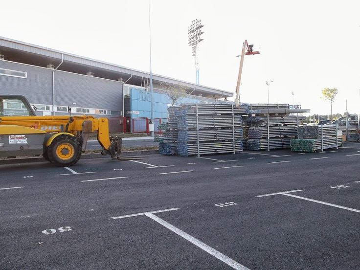 O secretario xeral para o Deporte destaca as obras de mellora do estadio de fútbol Anxo Carro para ampliar a cubrición da grada - Deportes - Stadio Sport - Diario de opinión en Coruña