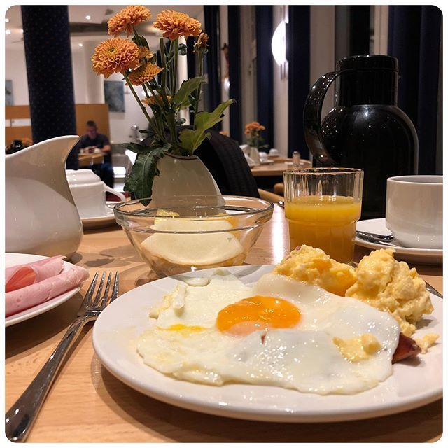 Guten Morgen Yall Have A Great Day Breakfast At Hotel