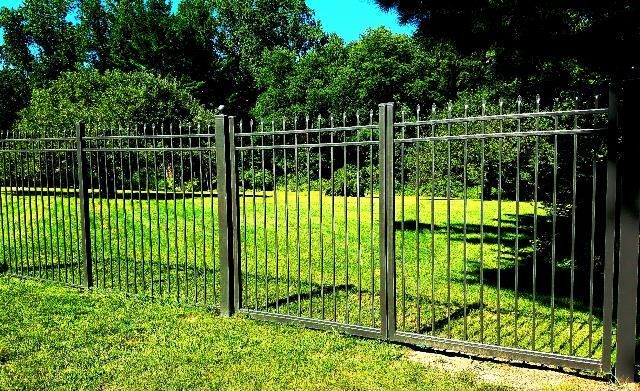 7 Simple And Stylish Tips Can Change Your Life Chain Link Fence Youtube Modern Fence Privacy Decorative Fence Apartment Therapy Short Front Yard Fence Backyard Fences Patio Fence
