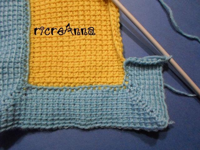 Ho provato a fare questo bordo a cornice con uncinetto tunisino, mi sembra adattissimo per rifinire coperte, cuscini e tappeti. I tried make this border with Tunisian crochet, is usefulfor finish …