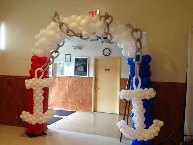 Balloon decor at a Nautical Baby Shower #nauticalparty #balloons