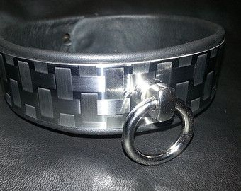 Femdom collar story