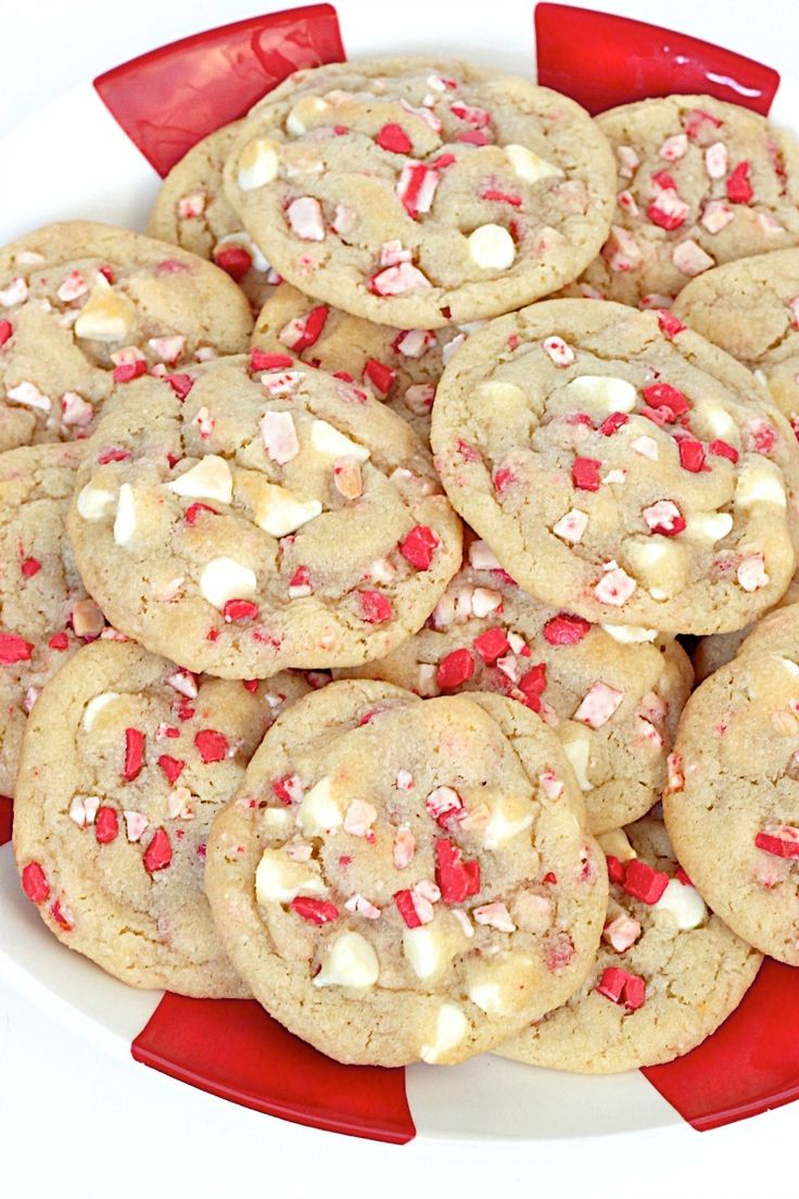 Peppermint White Chocolate Pudding Cookies - chewy, perfectly sweet and make for a festive Holiday treat!