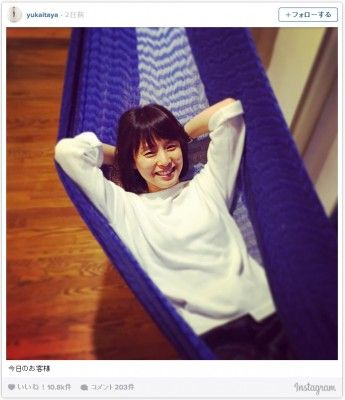 石田ゆり子の写真を板谷由夏がInstagramで公開 ファンから反響続々 (2015年7月8日掲載)