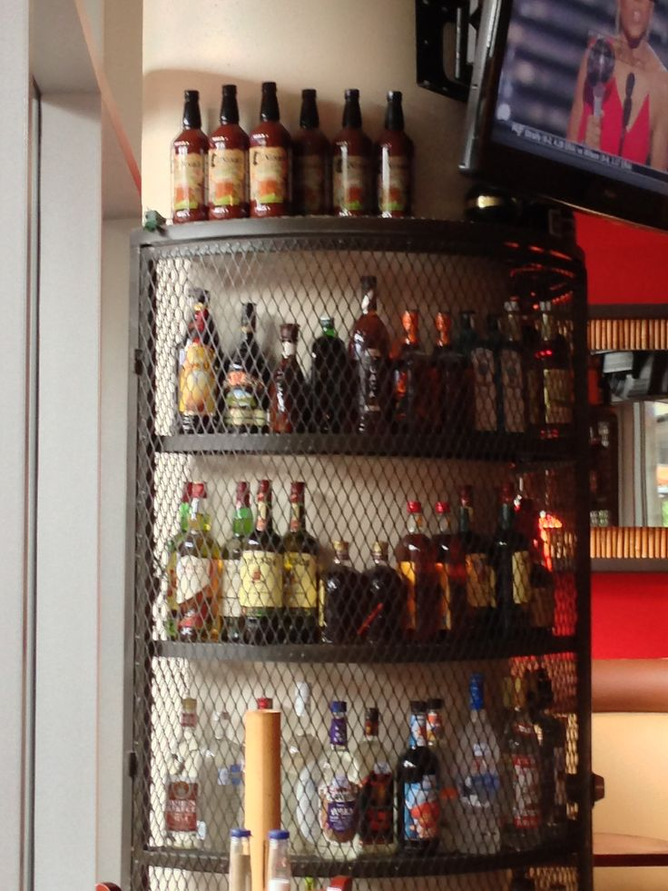 Corner Liquor Display Shelf Made Of Iron Liquor Store