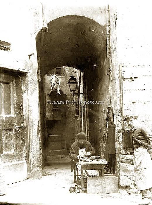Ciabattino nell'antico mercato fino 1871,la demozione,tirare su palazzi ottocenteschi di dubbio gusto.#ConosciFirenze