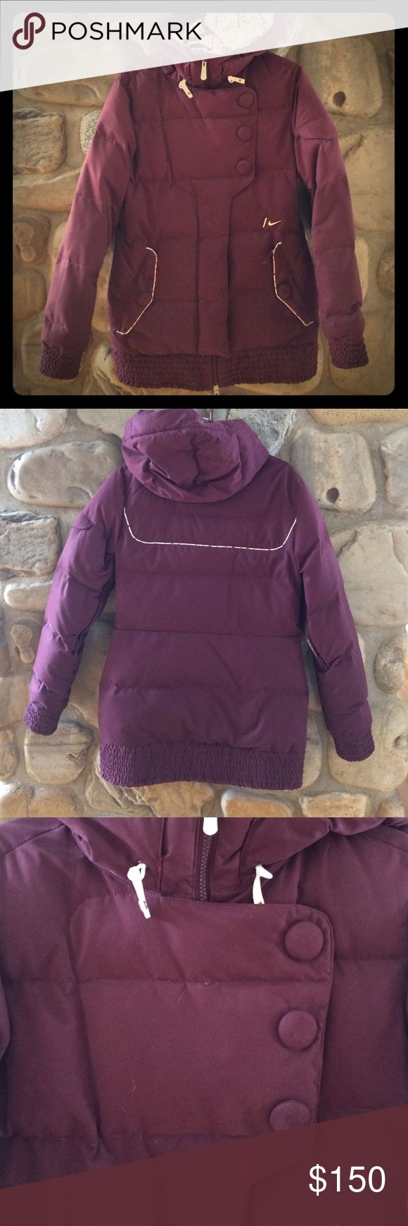 Nike Snowboarding Jacket Women's Nike Plush Purple Snowboarding Jacket with with flowery trim. Multiple pockets for riding and extremely warm!!!! Nike Jackets & Coats Utility Jackets