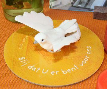 Kijktafel Pinksteren http://www.adveniat.nl/webwinkel/383/kijktafelboek