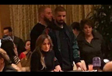 Jennifer Lopez and Drake gamble together in Vegas