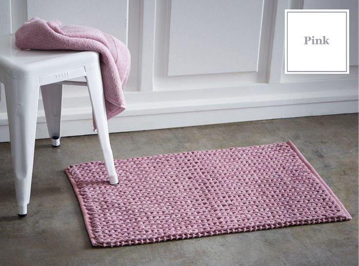Francuskie maty do łazienki w kolorze różowym
