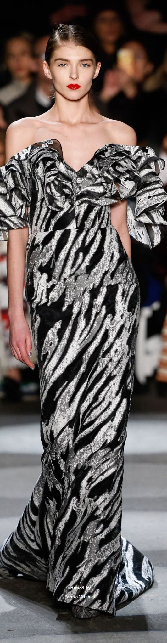 Christian Siriano collection Fall-winter 2016-2017 Ready-to-Wear  ♕BOUTIQUE CHIC♕