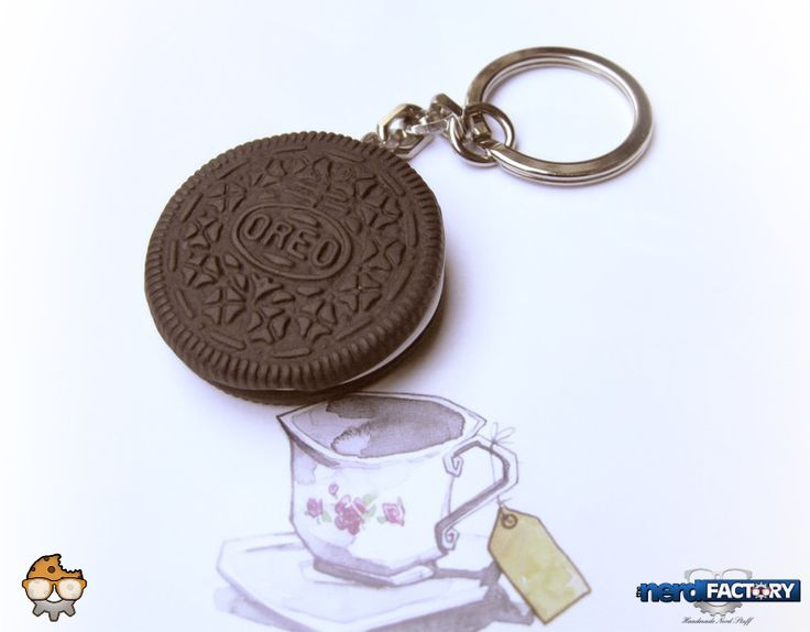 Oreo hand-made! http://www.thenfactory.com/prodotto/biscotti-oreo/