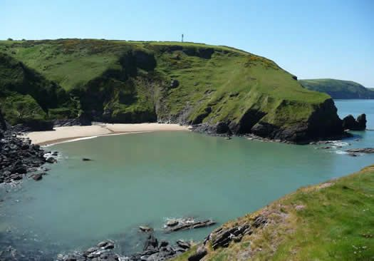 secluded cove - Traeth Bach Ceredigion
