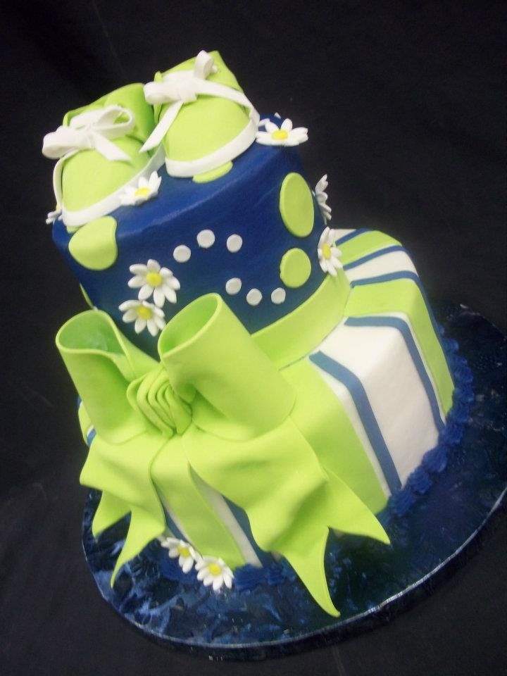 Baby Shower Cakes With Gowns