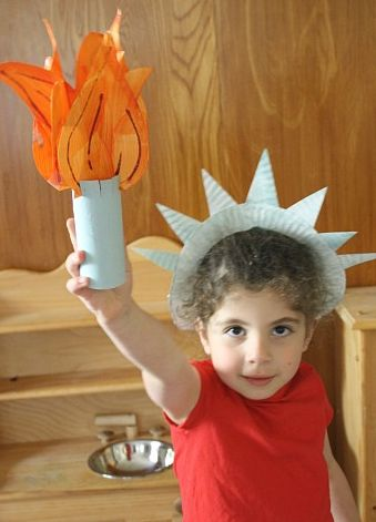 Statue of Liberty Craft for Kids bugger i missed this idea