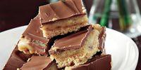 Συνταγή για μπισκότα µε καραµέλα γάλακτος και σοκολάτα!