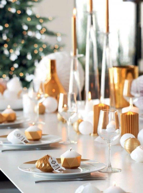 Décoration moderne pour la table de Noël http://www.homelisty.com/table-de-noel/