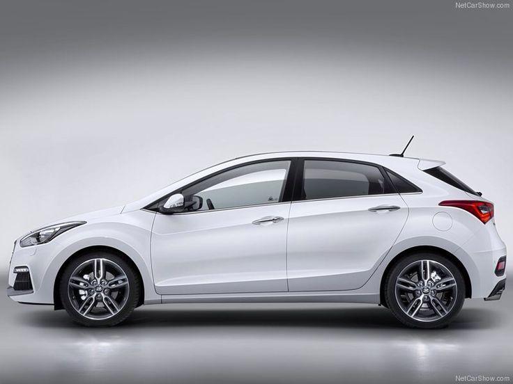 2015 Hyundai i30   Perfectos acabados y elegante diseño que por nada puedes tener http://www.cochessegundamano.es/hyundai/i30/