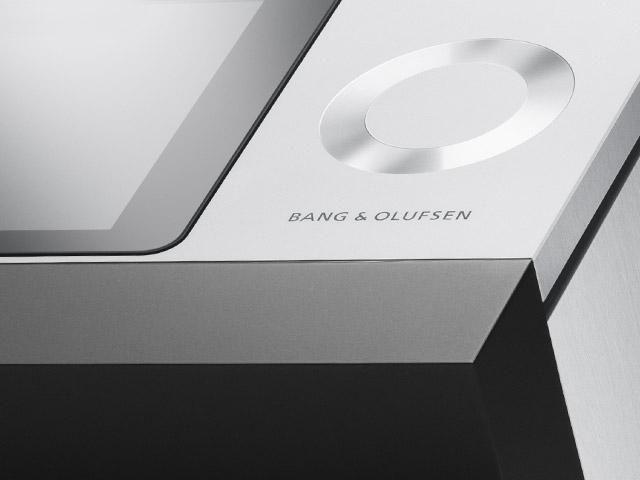 Bang & Olufsen - BeoSound Moment