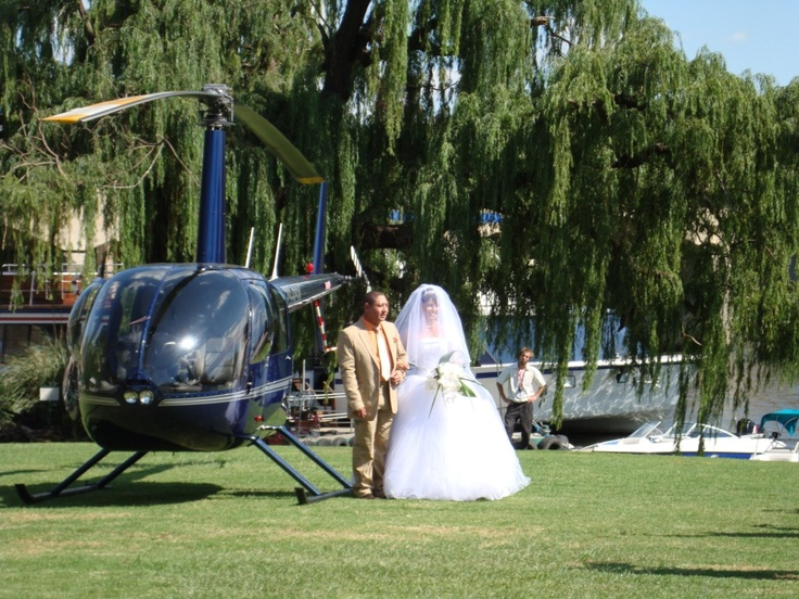 Arriving by helicopter at Stonehaven on Vaal on the banks of the Vaal River!