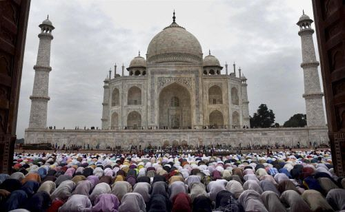 "Taj Mahal: UP govt tourism booklet row: Brazen display of communal politics, says Opposition  ||  NEW DELHI: Opposition parties slammed the Yogi Adityanath government in Uttar Pradesh for what it called ""brazen display of communal politics"" and said it was shocking that the state had dropped the Taj Mahal from the UP government's tourism booklet.   On…"