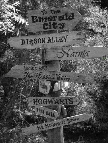This would be awesome in the garden.  Courtney I saw this   and thought of you!