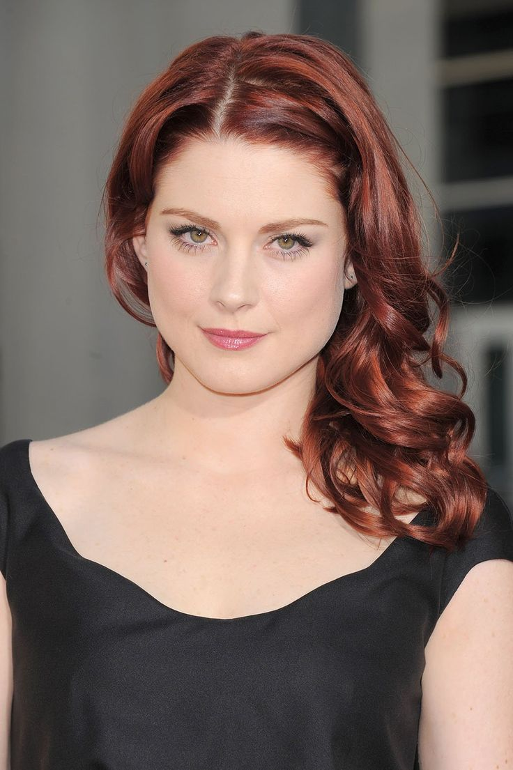 Be still  my heart. 'Walking Dead' Enlists Alexandra Breckenridge for Season 5. I doubt if she'll be all glamored up I won't care.