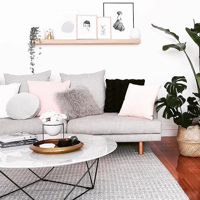 Beautiful GlobeWest Como Coffee Table And Vittoria Iris Modular Sofa. Image:  @michelle_baskinteriors #globewest