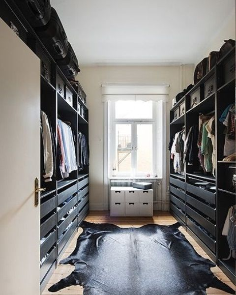 65 stylish and exciting walk in closet design ideas for Black walk in wardrobe
