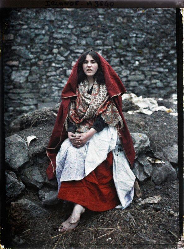 Main Ní Tuathail, a girl from the Claddagh Galway, Ireland, 26th May 1913