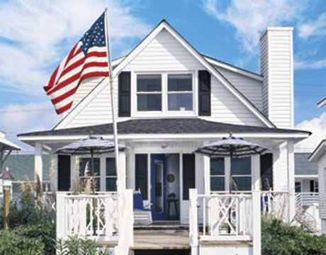 American Flag Etiquette - Displaying the American Flag - Country Living #flag #etiquette
