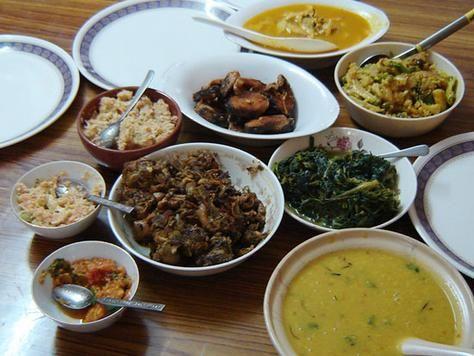 Pratos da culinária tradicional nepalesa // Culinária tradicional do Nepal ◆Nepal – Wikipédia http://pt.wikipedia.org/wiki/Nepal #Nepal